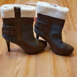 Elle heel boots sz 9